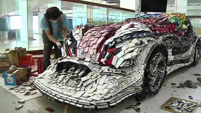Artist Builds Green Race Car from Recycled Cell Phones