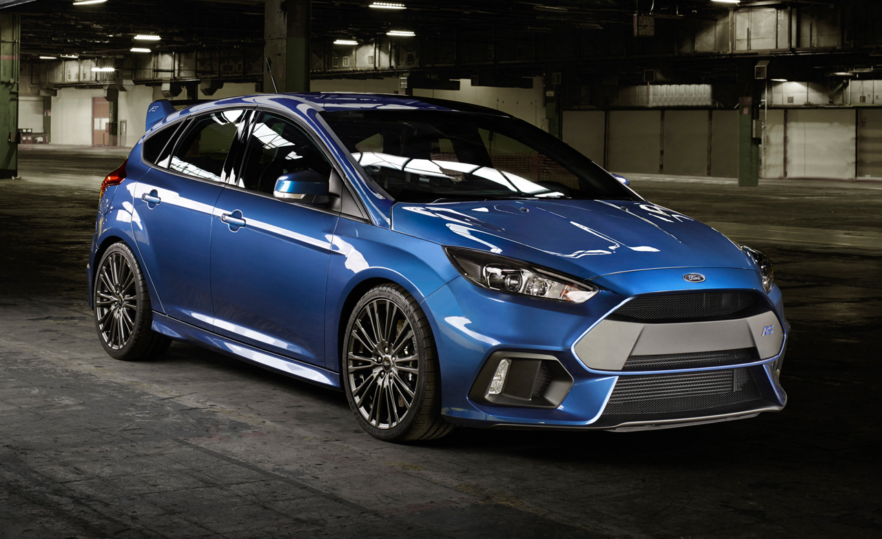 2016 Ford Focus (RS) on Speed