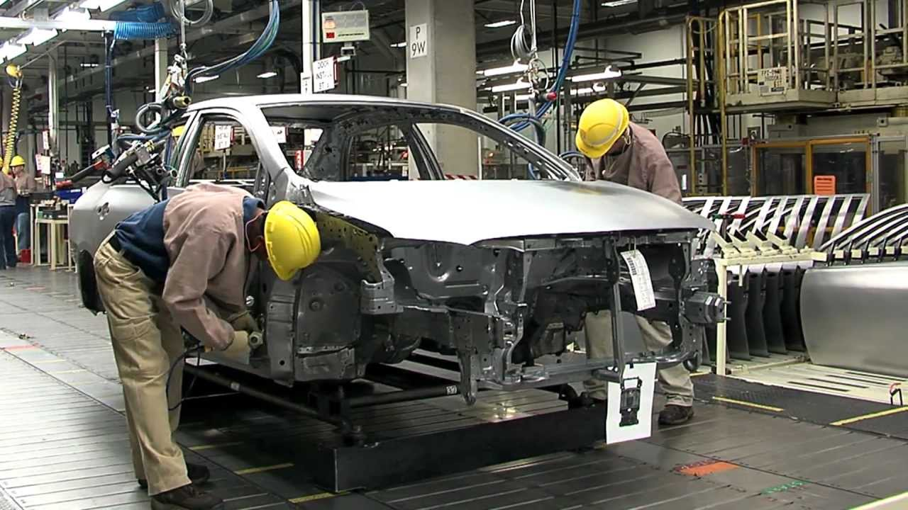 Toyota May Suspend Japan Output Due to Steel Shortage