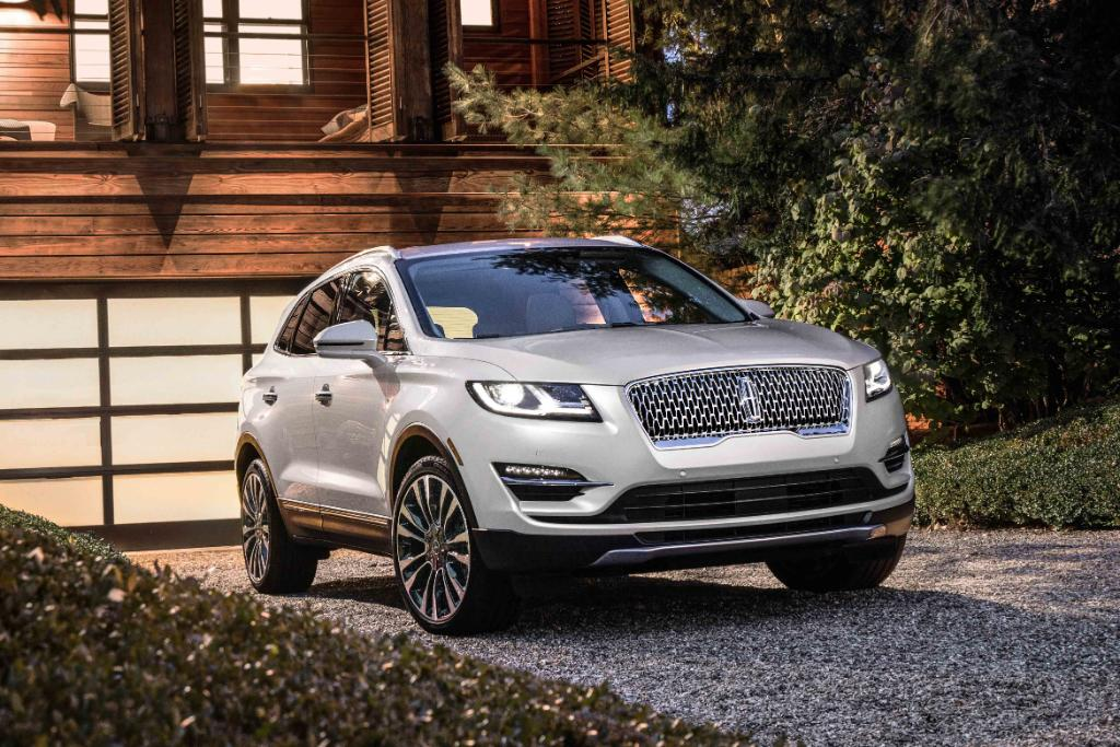 Lincoln Updates the MKC